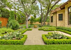 Mediterranean Landscaping Plants Spectacular Flowering Plants For A Mediterranean Landscape Garden Mediterranean Landscaping Plants. Mediterranean Garden Design, Tuscan Garden, Design Patio, Courtyard Design, Courtyard Gardens, Boxwood Landscaping, Backyard Landscaping, Landscaping Ideas, Backyard Privacy