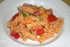 Paprika - Nudel - Salat mit Thunfisch Snacks Für Party, Meal Prep, Salads, Good Food, Food And Drink, Pasta, Lunch, Meals, Cooking