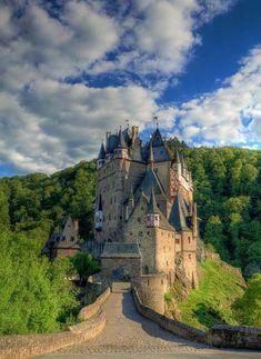Elz Castle, Germany