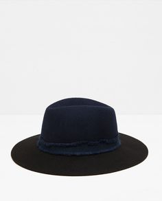 TWO-TONE HAT WITH A WIDE RIBBON - Available in more colours