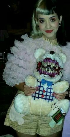 """i wonder how melanie feels about all the odd/questioning thigs shes given like is she """"aw its so cute that you did this for me"""" or on the inside is she like """"OL WTF IS THISS"""" Melanie Martinez Style, Mel Martinez, Crybaby Melanie Martinez, Cry Baby, Lolita Anime, Adele, Carpe Diem, Indie, Creepy"""