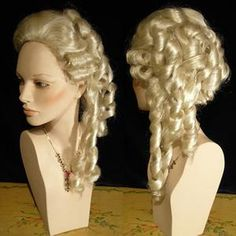 Style Blanc, 18th Century Wigs, Indian Eyes, Costume Venitien, Masquerade Costumes, 18th Century Fashion, Renaissance Dresses, Costume Wigs, Womens Wigs