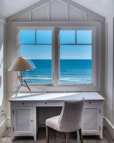 Super Home Office Window The View 58 Ideas Coastal Cottage, Coastal Living, Coastal Style, Feng Shui, Writers Desk, Cottages By The Sea, Beach Cottages, Ocean House, Luxury Homes Interior