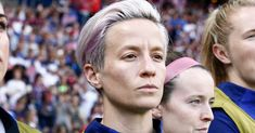 Megan Rapinoe, a co-captain of the U. women's national soccer team, has not participated in the national anthem before the side's two games at the 2019 FIFA Women's World Cup in France. National Movement, Megan Rapinoe, Taking A Knee, Team Games, Star Spangled Banner, Women's World Cup, Body Confidence, National Anthem, Pixie Haircut