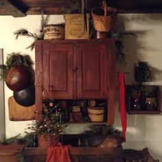 love the color.maybe the linen closet at cabin? Primitive Christmas Decorating, Prim Christmas, Christmas Kitchen, Country Christmas, Simple Christmas, Antique Christmas, Christmas Stuff, Primitive Kitchen, Country Primitive