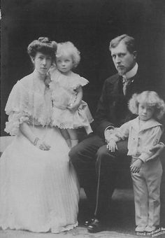 Elisabeth and Albert with their sons.