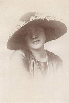 与謝野晶子(歌人) Yosano Akiko (poet)