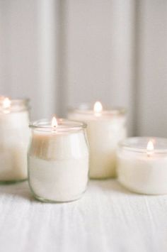 Diy candle- use the jars from yogurt and compotes White Candles, Diy Candles, Homemade Candles, Scented Candles, Candle Lanterns, Candle Jars, Candle Holders, Glass Jars, Glass Of Milk
