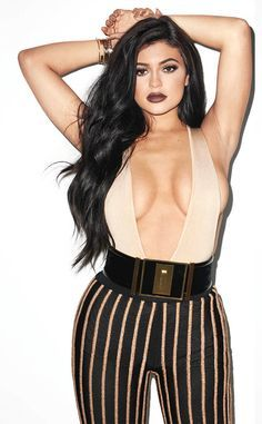 Kylie Jenner Shows Major Cleavage and Side Boob on Galore Cover—See the Photo! #celebrity #hotpics #kyliejenner