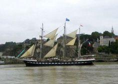 Escale du Belem dans le port de Nantes Belem, Expositions, Seas, Sailing Ships, River, Nantes, Ships, Brittany, Tourism