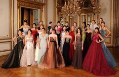 Le Bal des Débutantes: Alta costura e hijas de famosos bailan en París