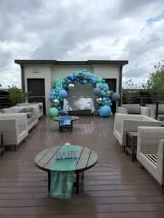Balloon Arch, Balloons, String Of Pearls, Outdoor Furniture Sets, Outdoor Decor, Home Decor, Globes, Decoration Home, Room Decor