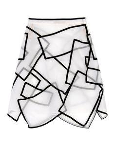 christopher-kane-white-knee-length-skirt-product-1-14883043-871209125.jpeg (1571×2000)