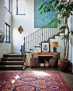 Pretty Painted Stairs Ideas That Inspire Your Home - Twelve On Main -. Pretty Painted Stairs Ideas That Inspire Your Home – Twelve On Main inspire Eclectic Modern, Eclectic Decor, Modern Interiors, Eclectic Style, Modern Rustic, Modern Entryway, Modern Stairs, Eclectic Frames, Modern Hall