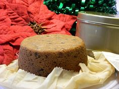Mincemeat Steamed Pudding If you like Mincemeat pie, we think you will love this dessert for the holidays. Send Holiday Desserts and Cakes. Gourmet Desserts, Christmas Desserts, Mincemeat Pie, Mince Meat, Pudding Cake, Favorite Holiday, Cornbread, Plum, Spices