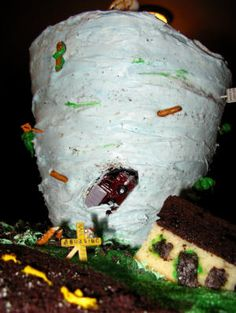 Making a Tornado Cake - Step by Step to a F5 Tornado Birthday Cake!