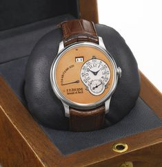 a very fine platinum automatic wri | automatic | sotheby's l16053lot8w4d9en