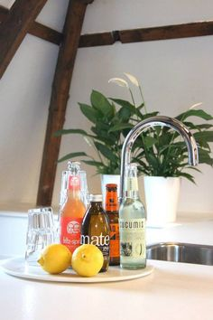 Drinks #mmousse #church #amsterdam #space #location #inspiration #multifunctional #office #table #drinks #connect #share #plant #kitchen
