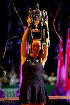 Agnieszka Radwanska Photos - BNP Paribas WTA Finals: Singapore 2015 - Day Eight - Zimbio Bnp, Lawn Tennis, The Championship, Eight, Wimbledon, Finals, Singapore, That Look, Wonder Woman