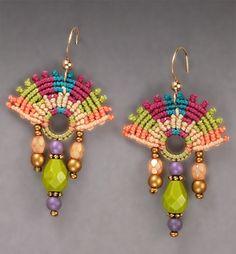 ePattern: Festive Fan Earrings by http://www.micro-macramejewelry.com