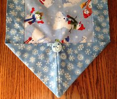 Table runner for Christmas in sz M by BlessingsandBabies on Etsy