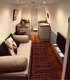 Boat Plans Stitch And Glue Product Houseboat Decor, Houseboat Living, Houseboat Ideas, Small Space Living, Small Spaces, Living Spaces, Barge Interior, Interior Ideas, Interior Inspiration