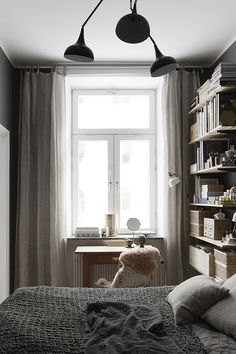 Cozy bedroom via Fantastik Frank