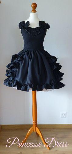 Hey, I found this really awesome Etsy listing at https://www.etsy.com/listing/168146274/princesse-black-gothic-lolita-dress