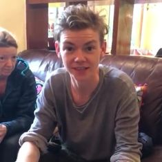 Thomas with his mom(peru) this hair are absolutely amazing! Maze Runner Thomas, Maze Runner Series, Maze Runner Characters, Nowhere Boy, The Scorch, Sweet Guys, Kaya Scodelario, Thomas Brodie Sangster, Celebs