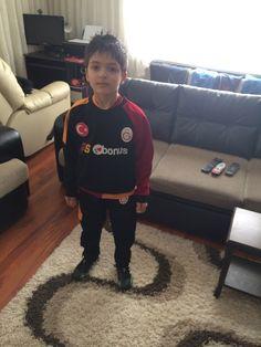 Oğlum minik Aslan