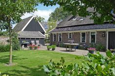 Hortensia's, beukenhagen, boeren jasmijn   Tuin & Erf - Studio Groenburg