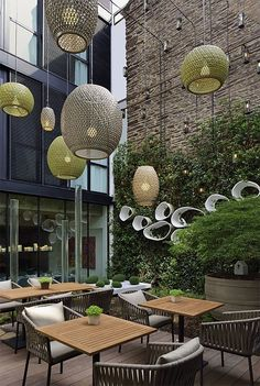 Al fresco dining / restaurant design / patio / open air dining / outdoor lighting/ green wall