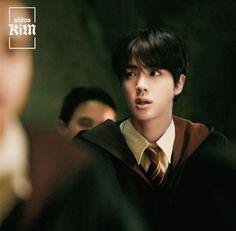 Harry Potter Anime, Foto Bts, Bts Photo, K Pop, Seokjin, Hogwarts, Estilo Harry Potter, Taehyung Photoshoot, Les Bts