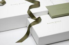 Risultati immagini per luxury packaging