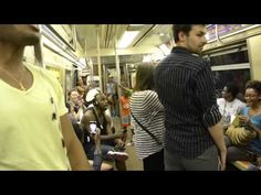 "The Broadway Cast of ""The Lion King"" Gives an Impromptu Performance on a NYC Subway"