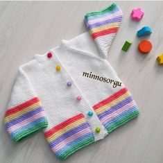 Good morning – I wish everyone a nice and healthy weekend. Baby Boy Knitting Patterns, Baby Girl Dress Patterns, Baby Sweater Patterns, Baby Cardigan Knitting Pattern, Knitting For Kids, Knitting Stitches, Baby Patterns, Girls Sweaters, Baby Sweaters