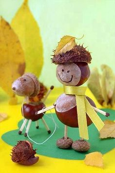 Castanha macho e cachorro ♥ - DIY - Basteln mit Kastanien - Nature Crafts, Fall Crafts, Kids Crafts, Diy And Crafts, Arts And Crafts, Autumn Crafts For Kids, Autumn Activities, Craft Activities, Conkers Craft