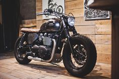 Our Triumph Bonneville Bobber in the workshop. Learn more at : http://www.baakmotocyclettes.com
