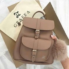 Grafea backpacks for college girls – Bags Cute Mini Backpacks, Stylish Backpacks, Girl Backpacks, Cute Backpacks For College, Popular Backpacks, School Backpacks, Fashion Handbags, Purses And Handbags, Fashion Bags