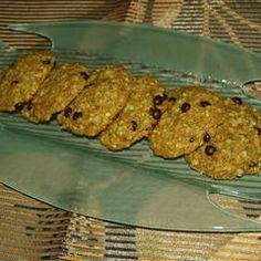 Ελαφριά μπισκότα βρώμης με άρωμα πορτοκάλι συνταγή από ariadnibb - Cookpad Cookies, Chicken, Meat, Desserts, Food, Crack Crackers, Tailgate Desserts, Deserts, Biscuits