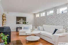 gillestuga,källare Dining Bench, Couch, Garage, Inspiration, Furniture, Home Decor, House, Carport Garage, Biblical Inspiration