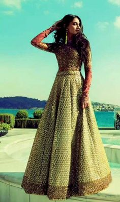 Love this outfit! Sonam Kapoor in a red and gold Sabyasachi Indian outfit // lengha, lehenga fashion, sari, saree Indian Dresses, Indian Outfits, Indian Bridal Wear, Desi Clothes, Indian Clothes, Indian Couture, Indian Attire, Indian Designer Wear, Bridal Lehenga
