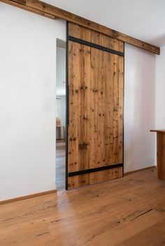 This sliding door was made from a sunburnt softwood and is … – – einrichtungsideen wohnzimmer Studio Apartment Design, Barn Door Designs, English Country Style, Classic Bathroom, Home Decor Inspiration, Sliding Doors, Living Room Designs, New Homes, Architecture