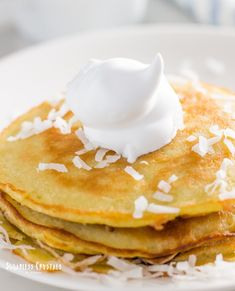 Dairy free coconut milk pancake recipe that's also gluten free, keto, low carb and paleo. Super easy to make with canned coconut milk giving you a healthy, fluffy pancake mix. Coconut Milk Pancakes, Cocunut Milk, Dairy Free Pancakes, Recipes Using Coconut Milk, Make Coconut Milk, Coconut Flour, Best Pancake Recipe, Pancake Recipes, Kitchen