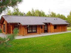 Dream Home Design, House Design, House On Stilts, Assemblages, Wooden House, Log Homes, Type 3, Homesteading, House Plans