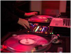 Live DJ | Meetings Imagined