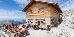 "LATEMARIUM: This mountain hike via the ""Latemar. viewing platform to the Latemarhütte mountain hut . Refreshing Summer Drinks, Special Flowers, Mountain Hiking, Pisa, Hiking Trails, Street View, Cabin, House Styles, Outdoor"