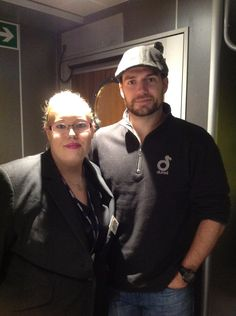 New Photo: Aimee Bumps Into Henry On A Ferry