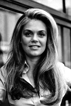 Dyan Cannon Topless