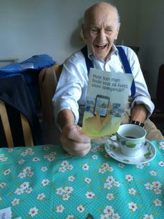 97 years old Brother, DENMARK// ESA ES LA ACTITUD